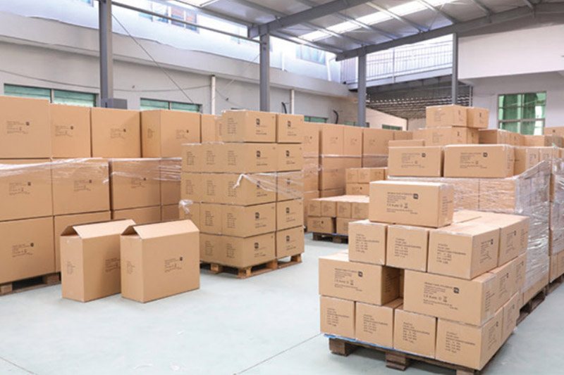 Mass goods warehouse